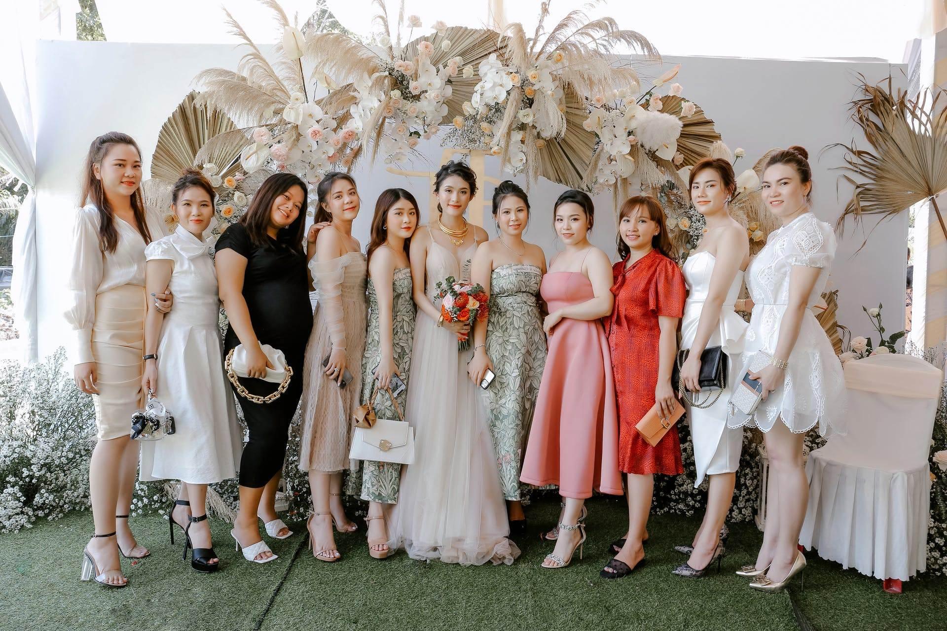 Wedding-Dresses-3475