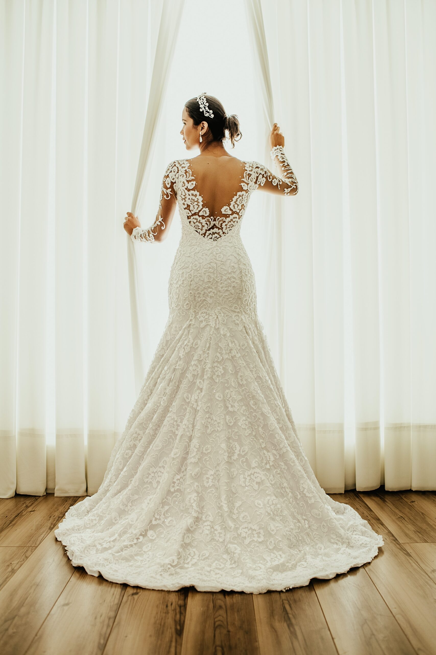 Wedding-Dresses-4512