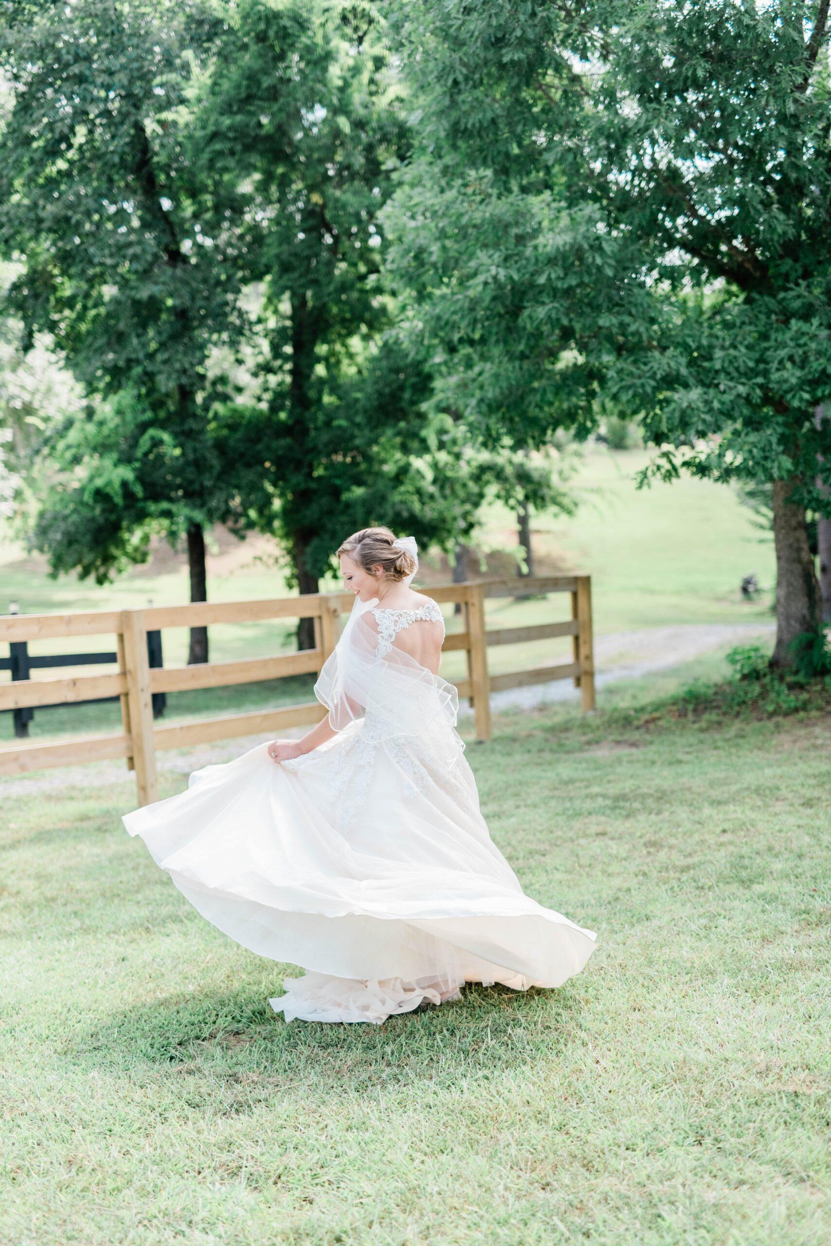 Wedding-Dresses-4605