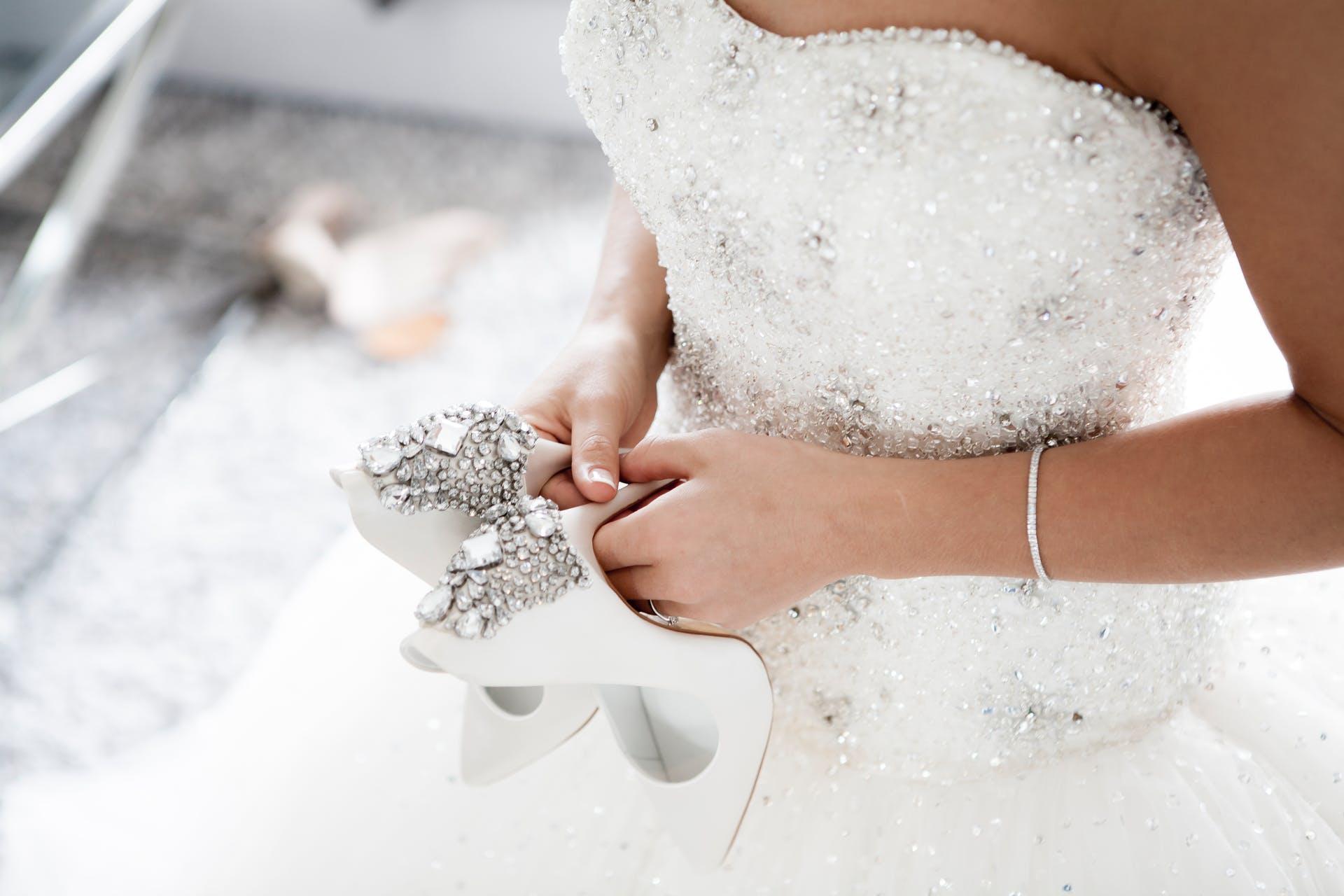 Wedding-Dresses-3915