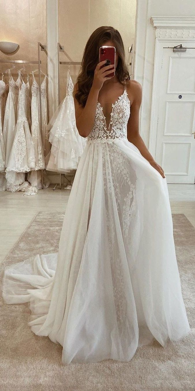 Wedding-Dresses-2471