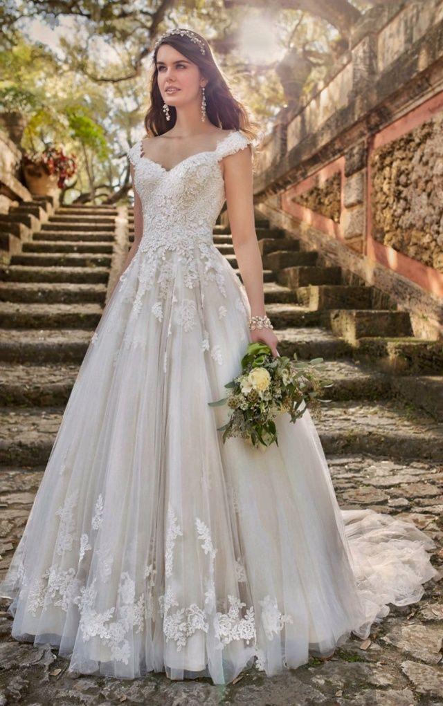 Wedding-Dresses-1371