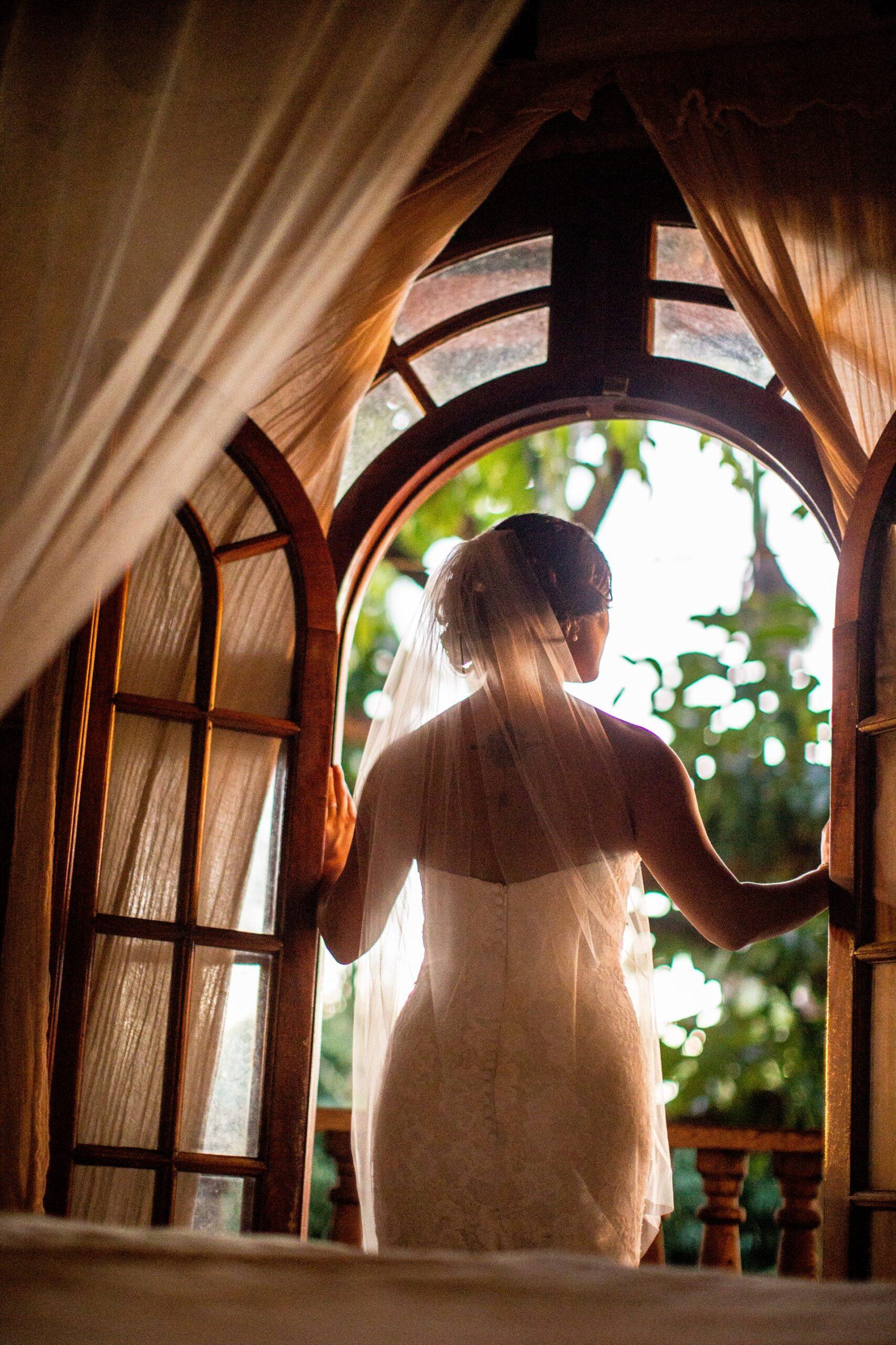 Wedding-Dresses-4375
