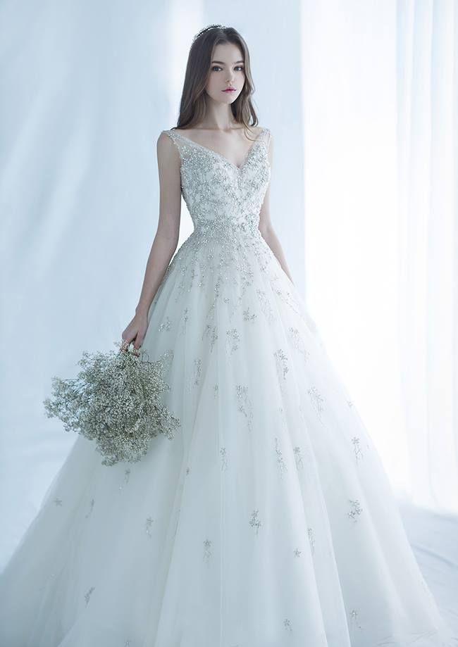 Wedding-Dresses-1093
