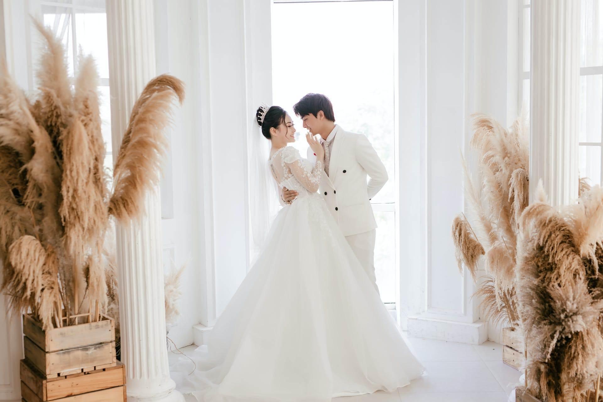 Wedding-Dresses-2512