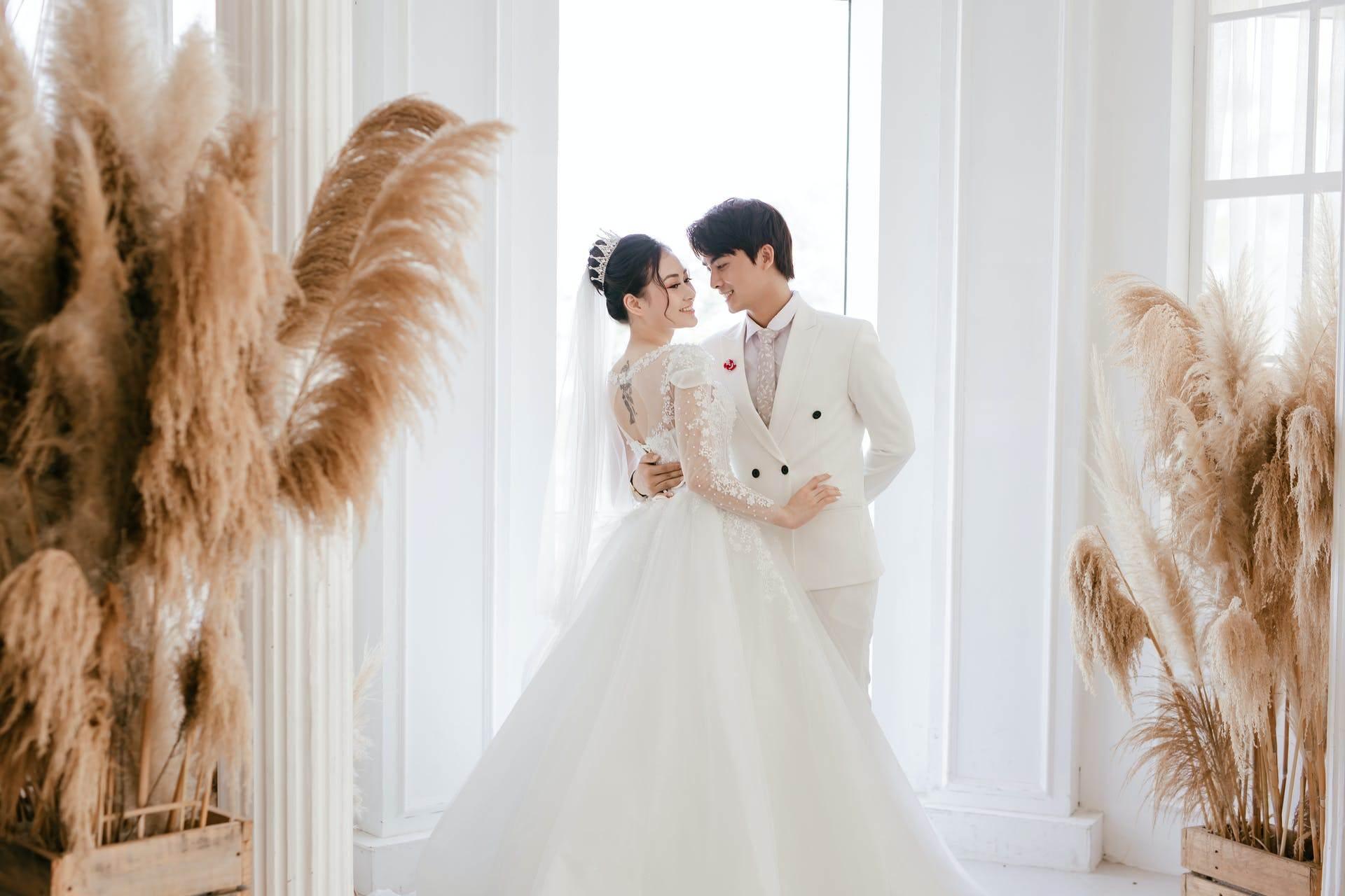 Wedding-Dresses-2521