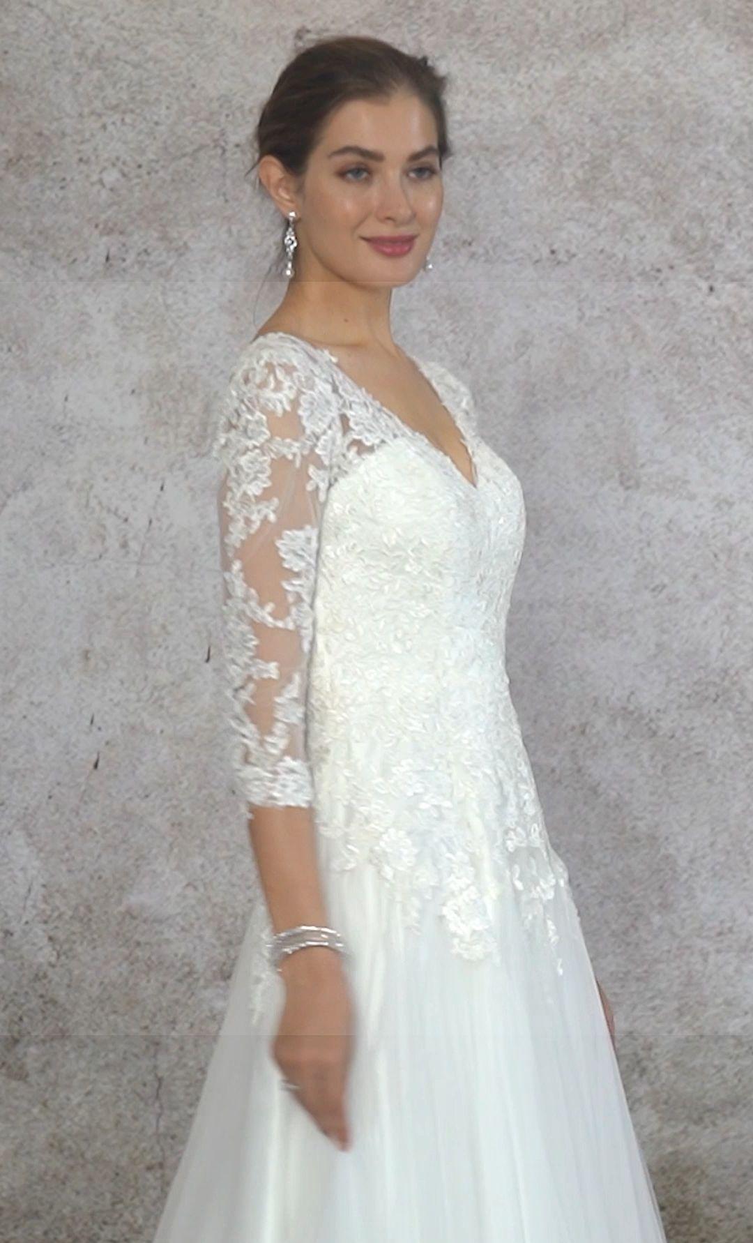Wedding-Dresses-2566