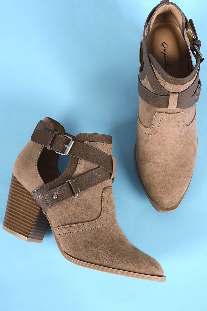 Boots-Shoes-0384