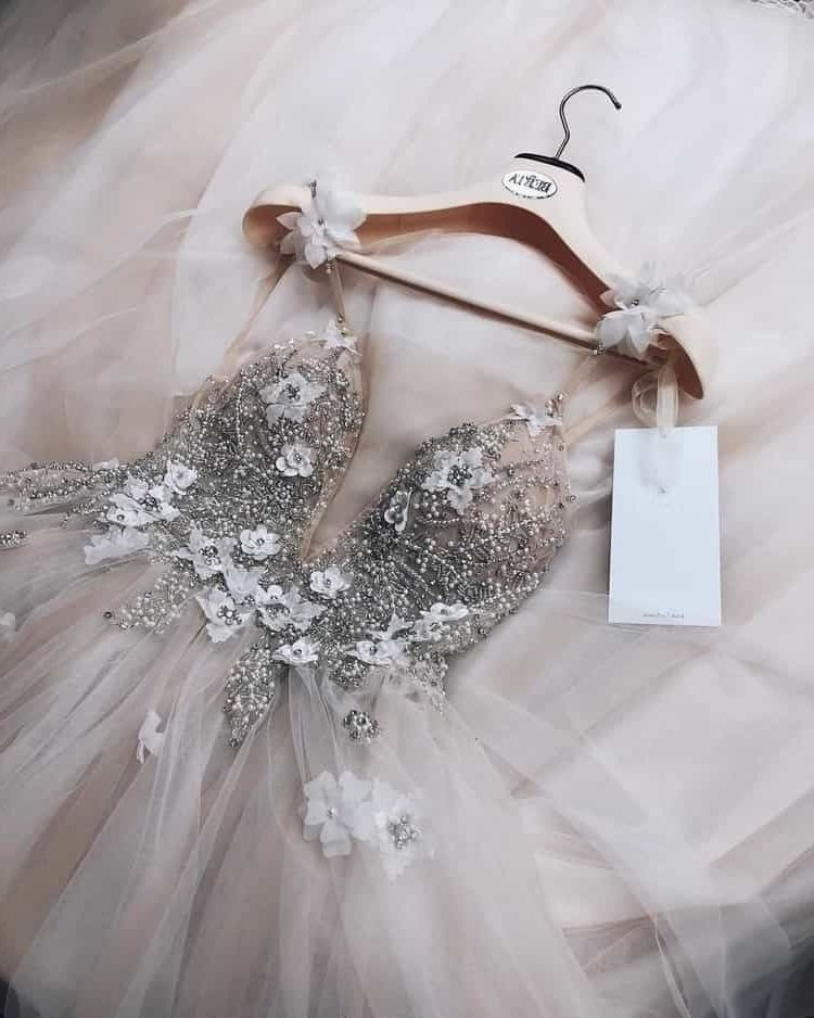 Wedding-Dresses-2001