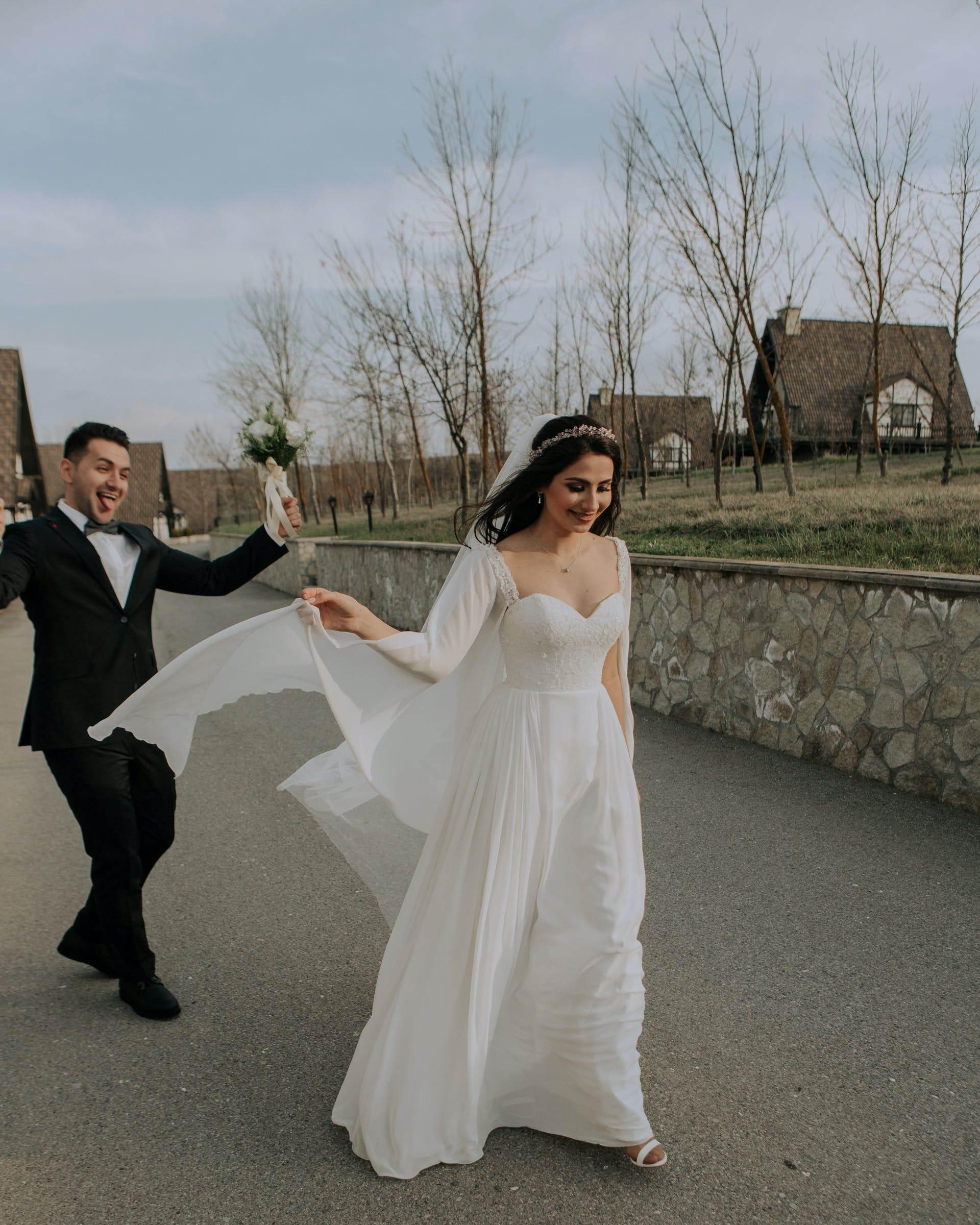 Wedding-Dresses-3481