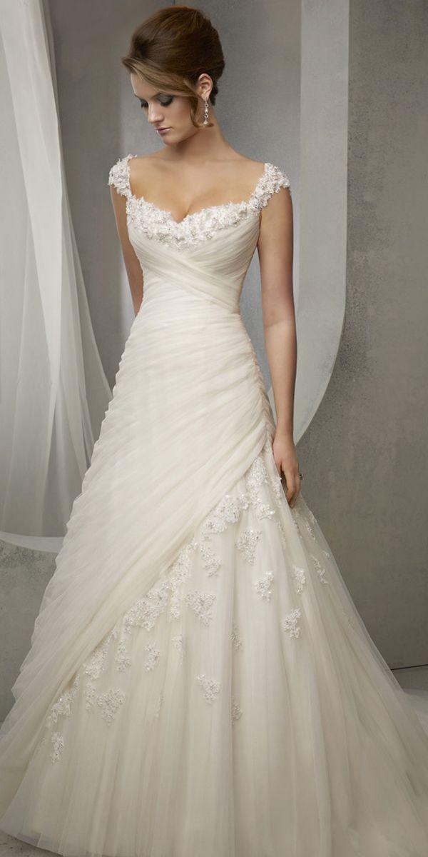 Wedding-Dresses-1325