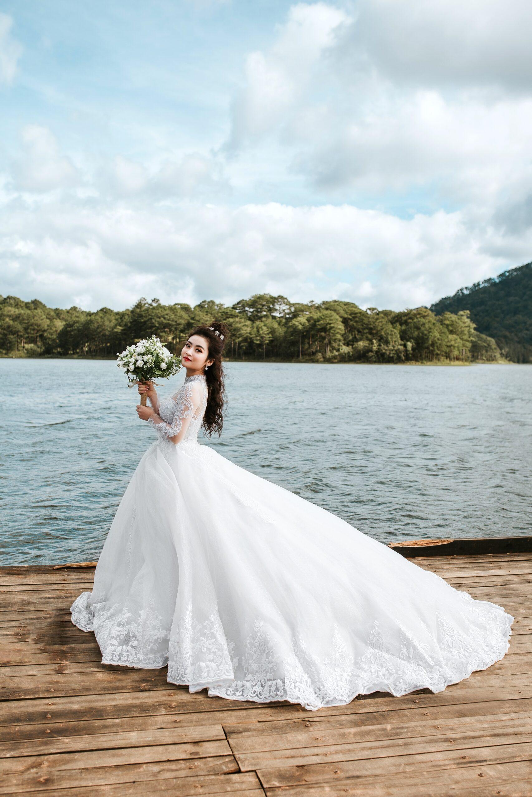 Wedding-Dresses-4576