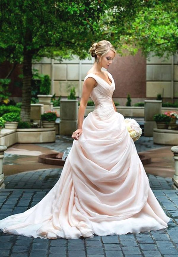 Wedding-Dresses-1230