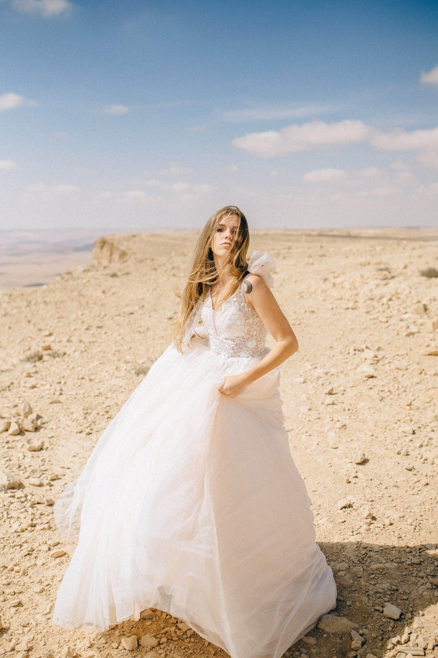 Wedding-Dresses-3595
