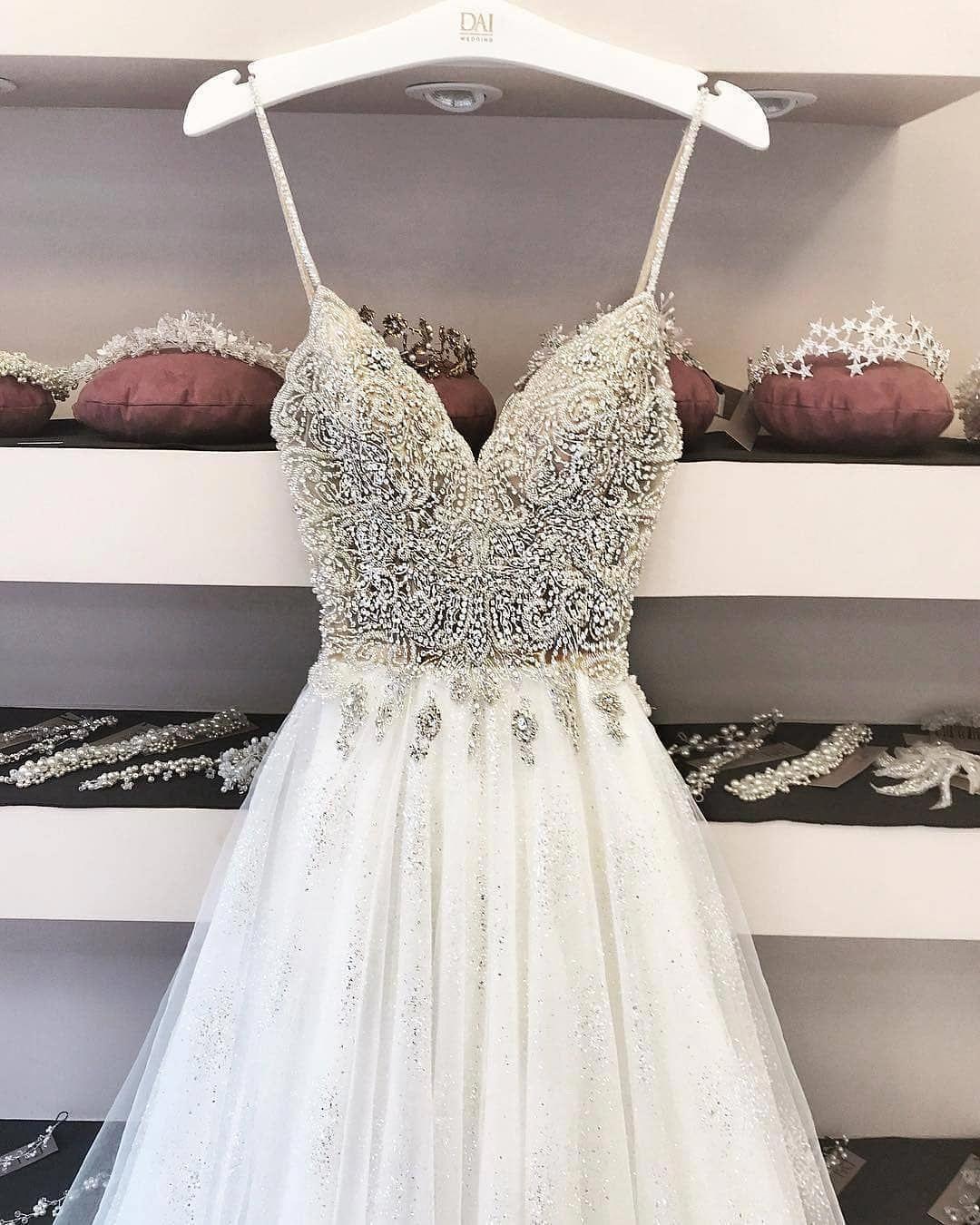 Wedding-Dresses-0212