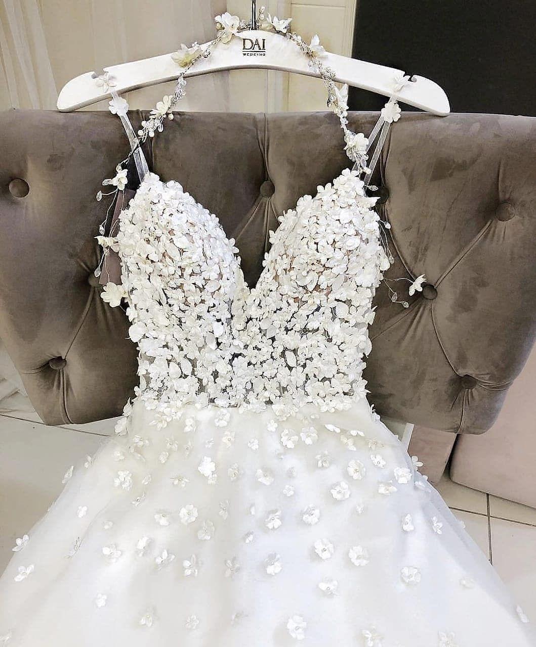 Wedding-Dresses-0215
