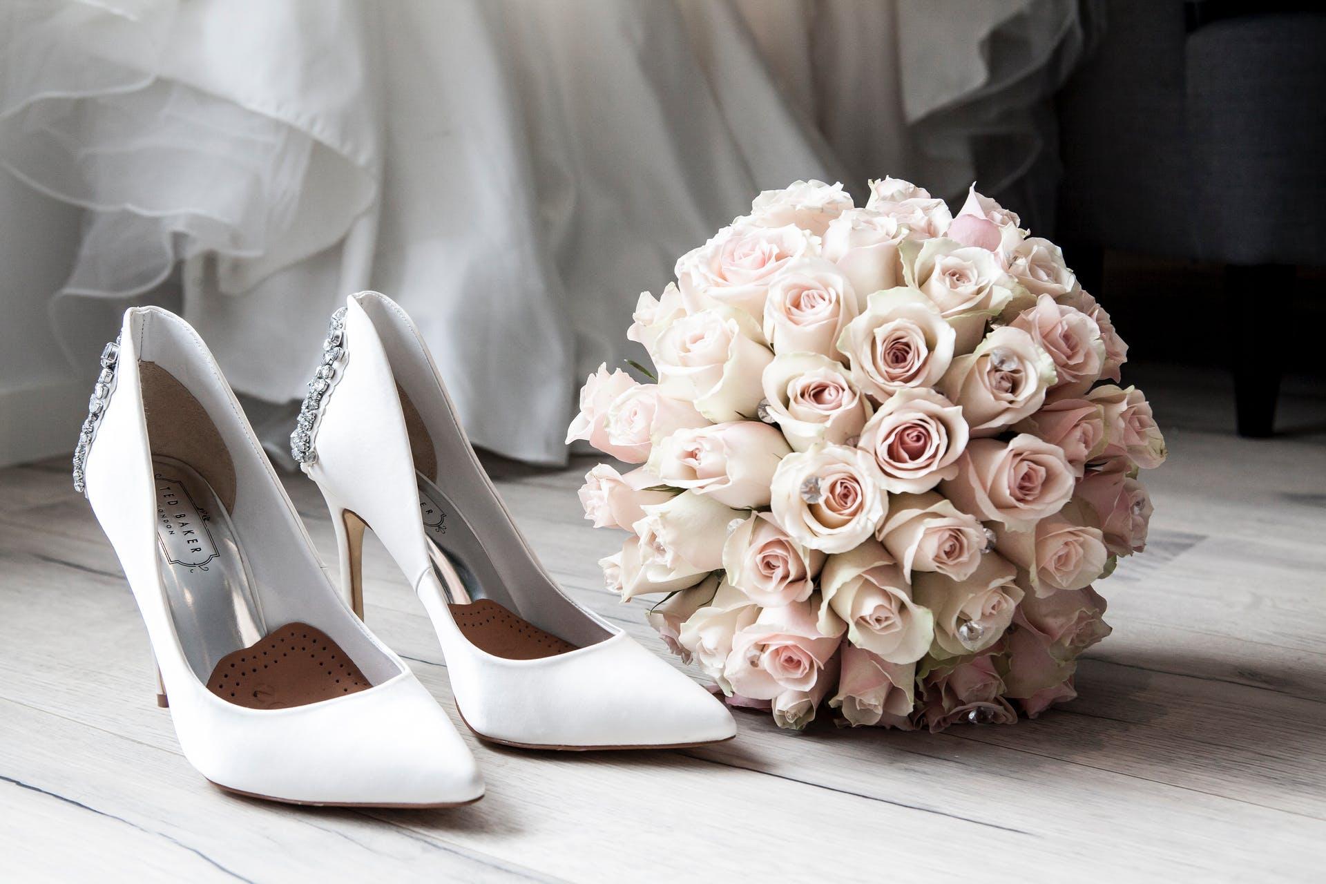 Wedding-Dresses-3989