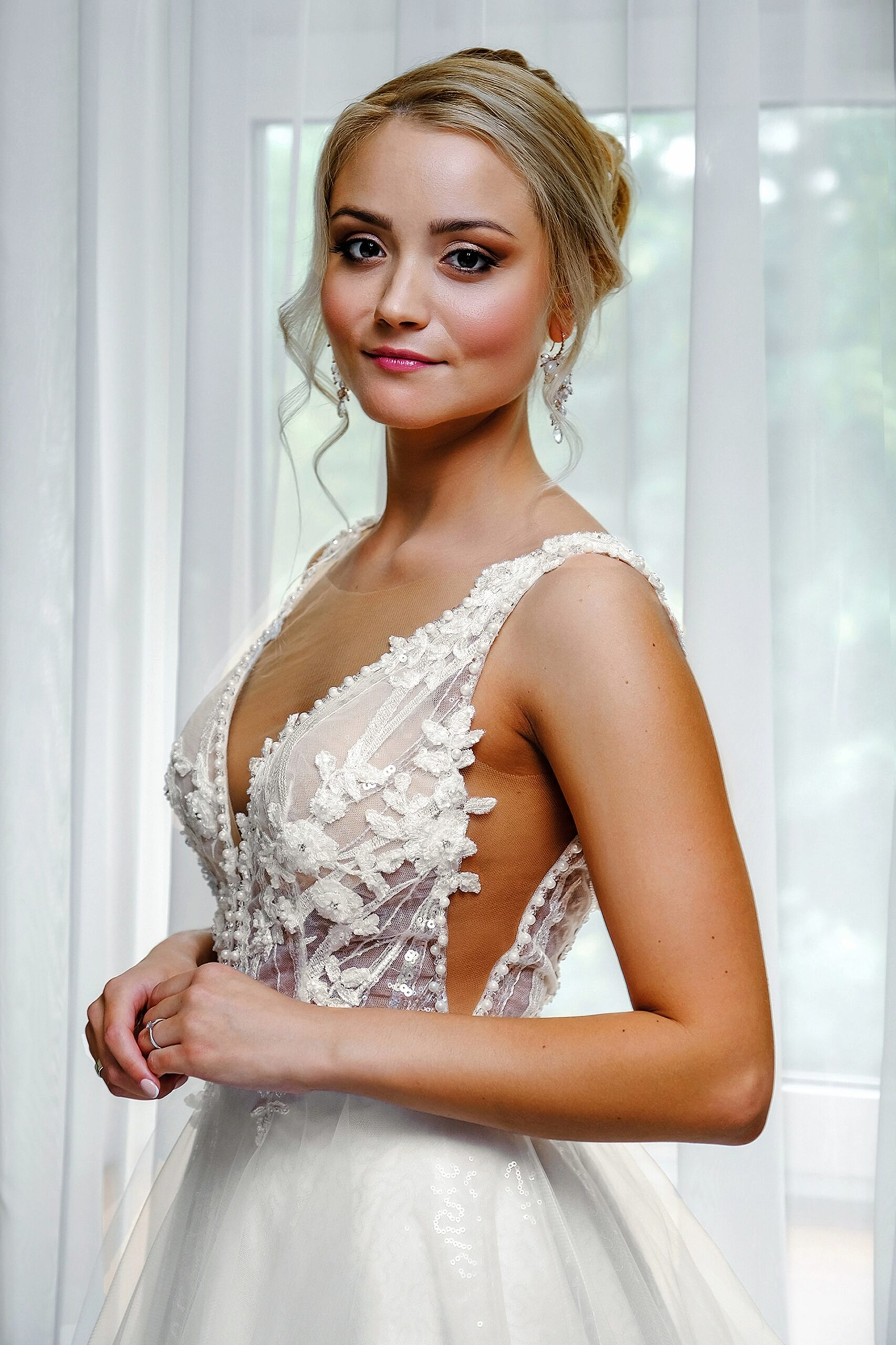 Wedding-Dresses-3836