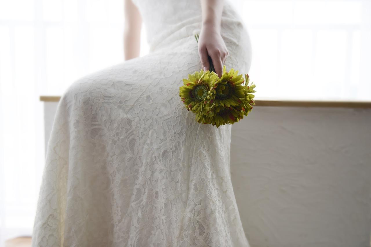 Wedding-Dresses-2327