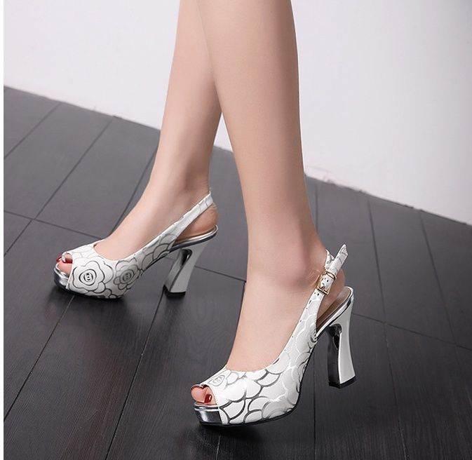 heeled-shoes-1074