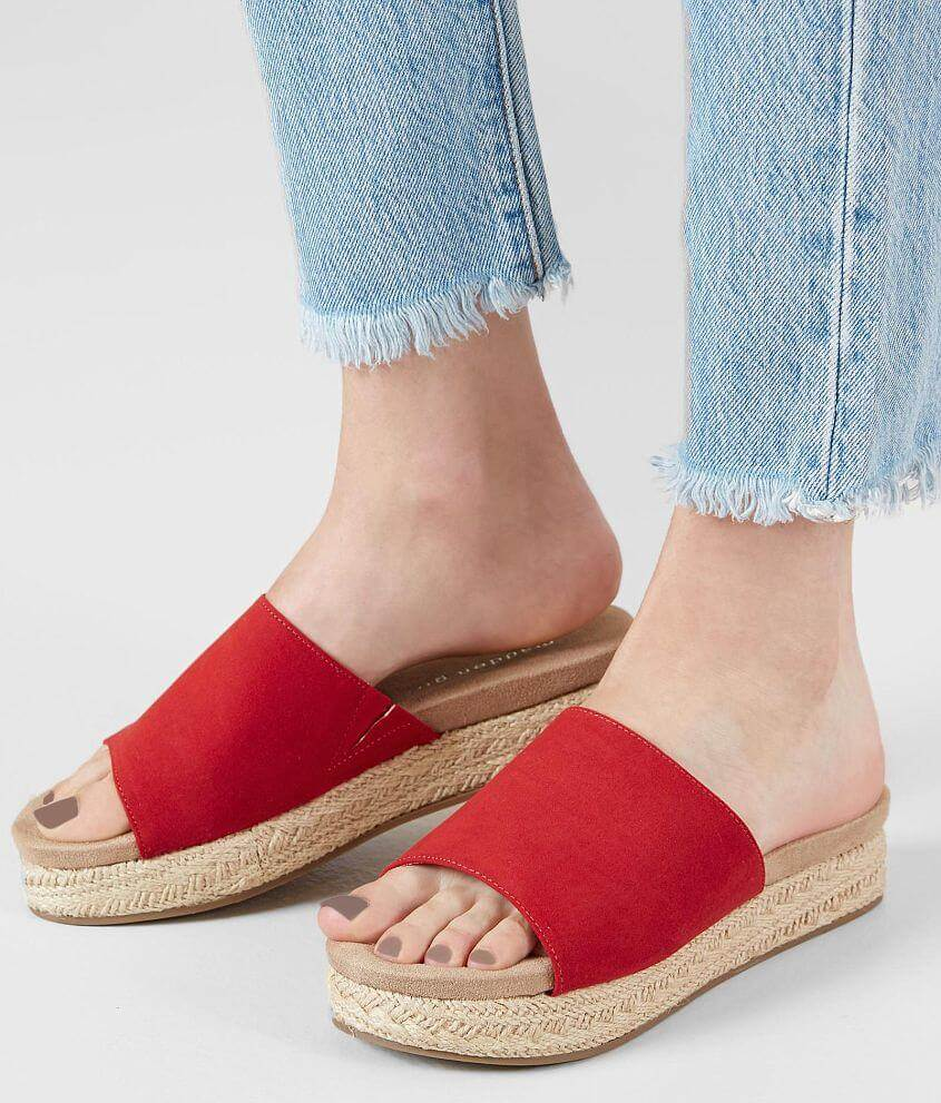 slippers-0379