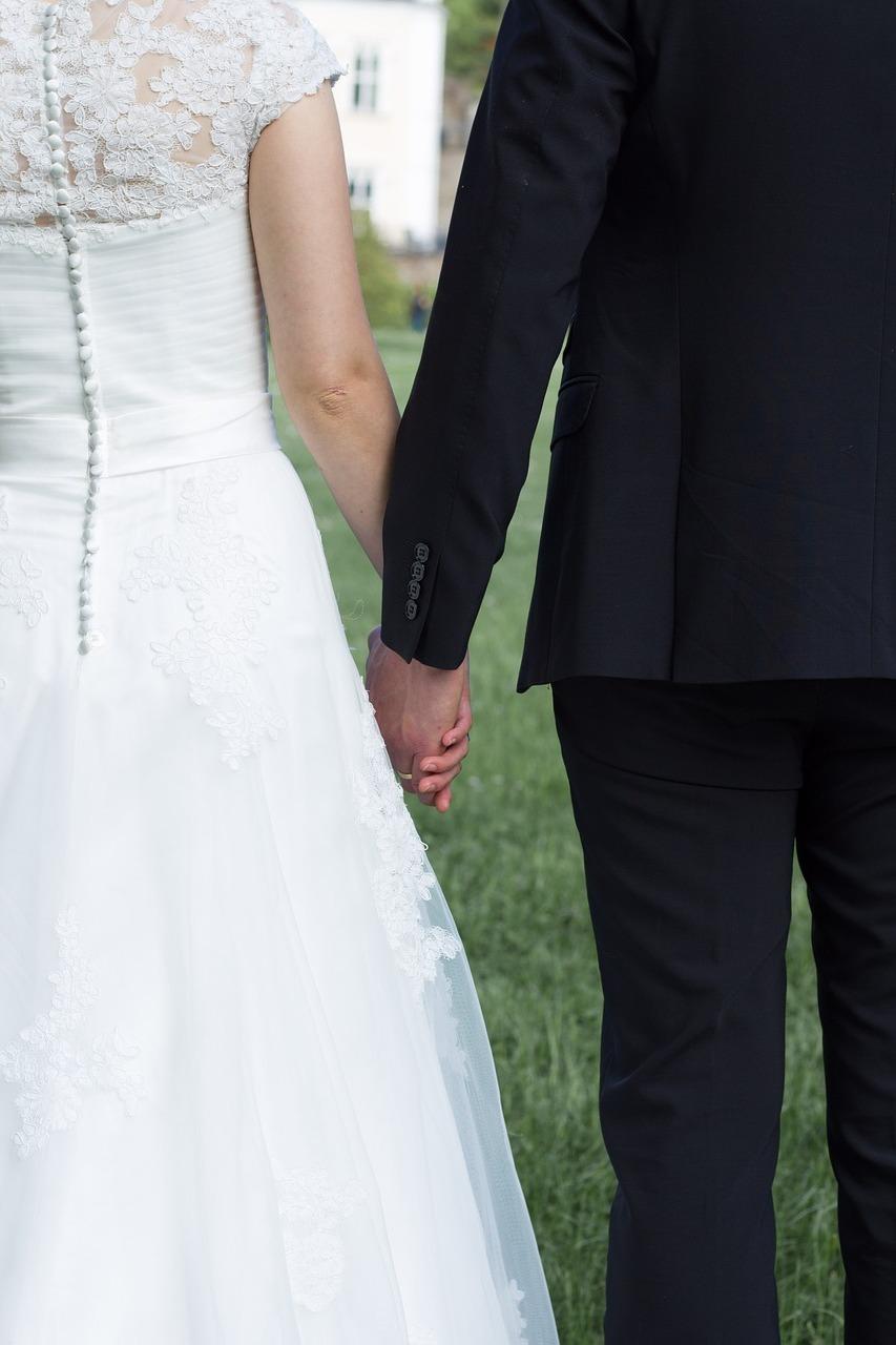 Wedding-Dresses-2519