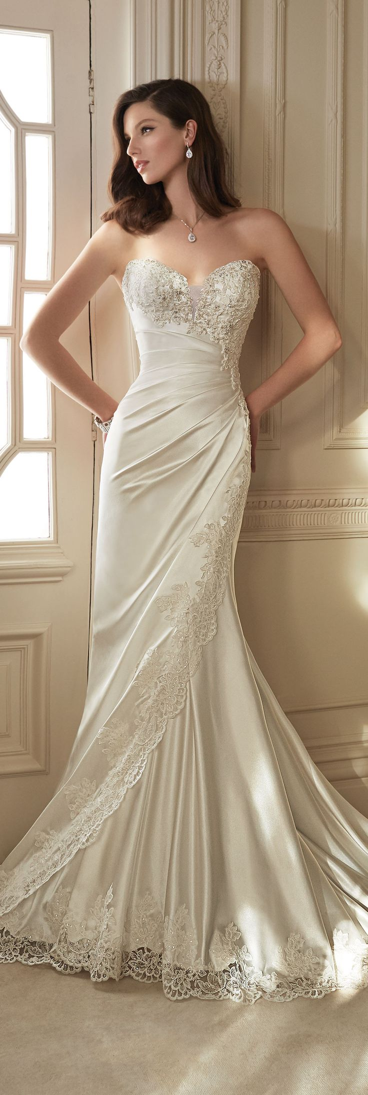 Wedding-Dresses-1190