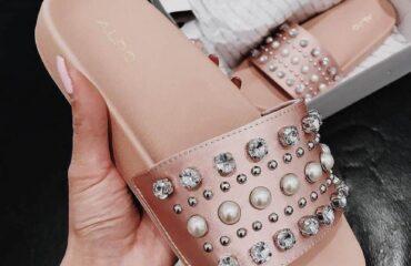 8 Beautiful Warm Slippers
