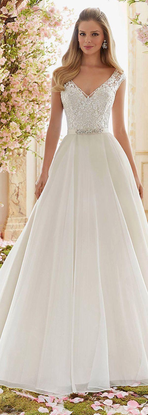 Wedding-Dresses-1247