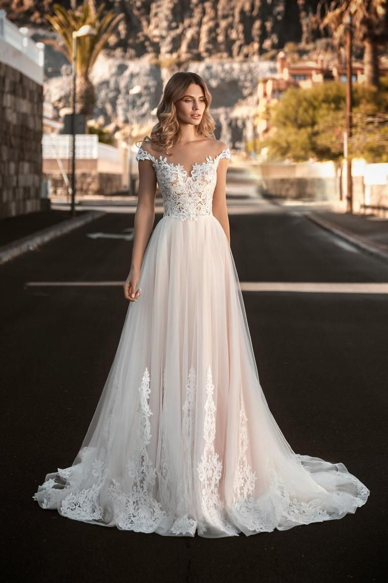 Wedding-Dresses-2207