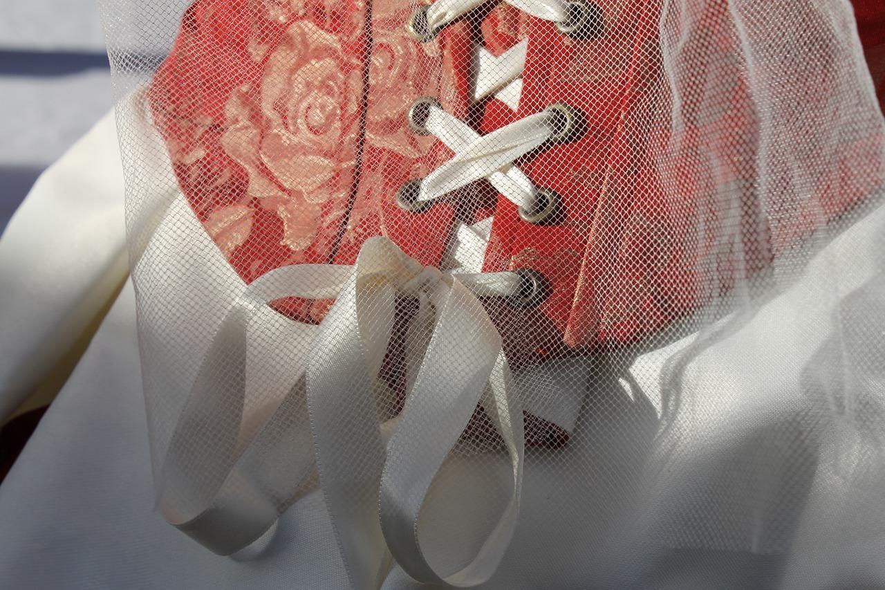 Wedding-Dresses-3421