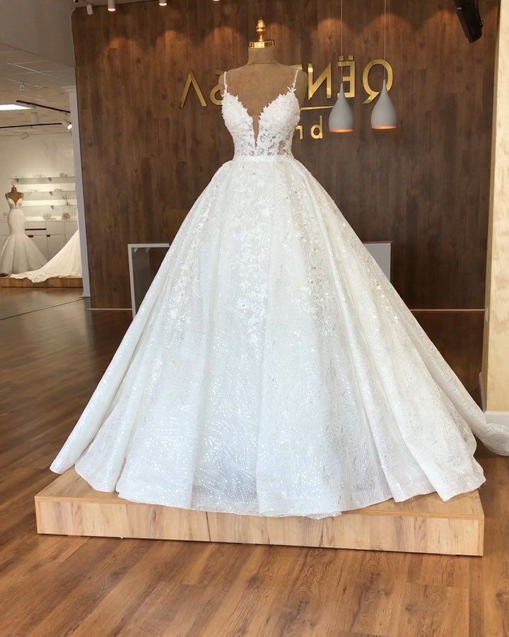 Wedding-Dresses-2102