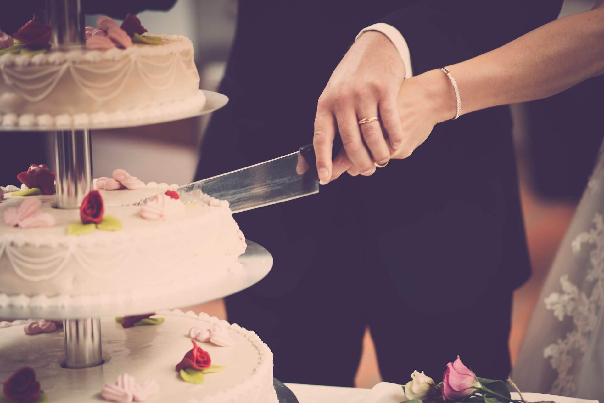 Wedding-Dresses-2136