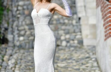 17 Stunning Whimsical Wedding Dress