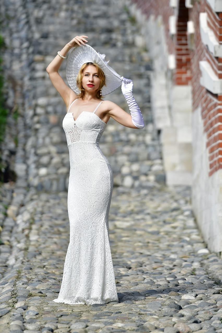 Wedding-Dresses-3081