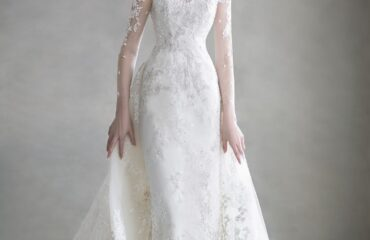 13 Popular White And Gold Wedding Dress