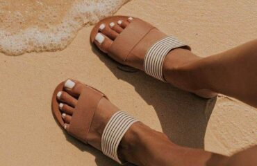 6 Most Popular White Slippers