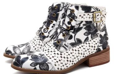 7 Beautiful Women Boots Shoes