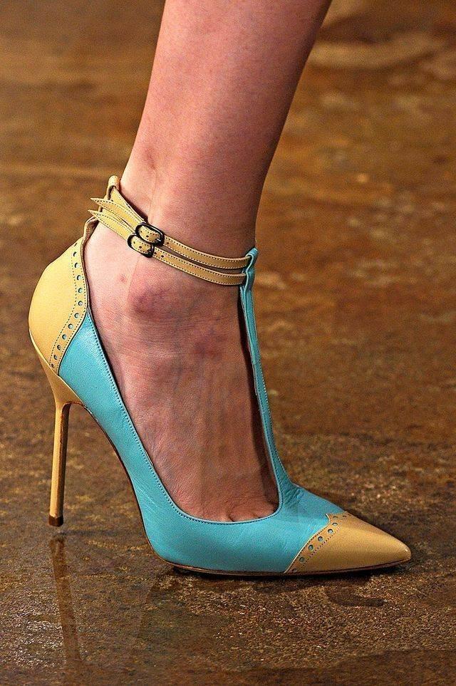 heeled-shoes-0250