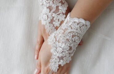 7 Tips on Womens Evening Gloves