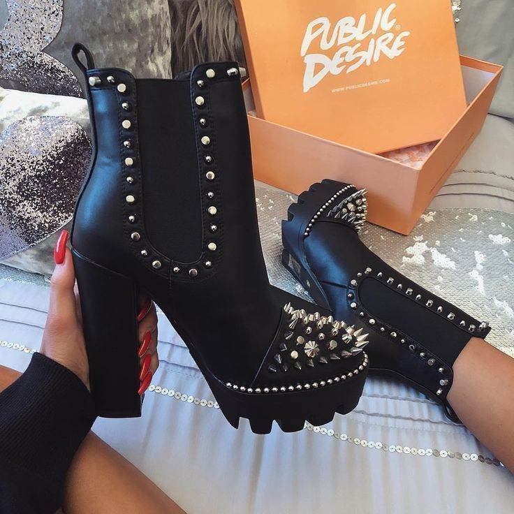 Boots-Shoes-0648