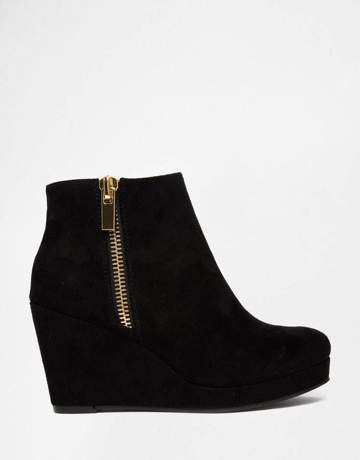 Boots-Shoes-0999