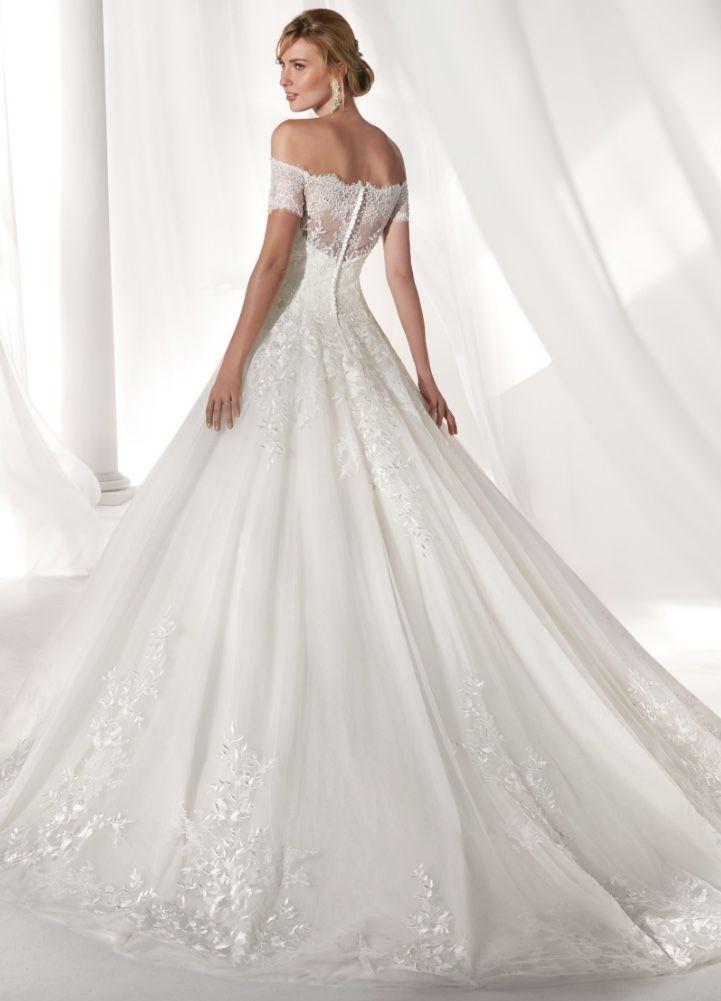 Wedding-Dresses-1186